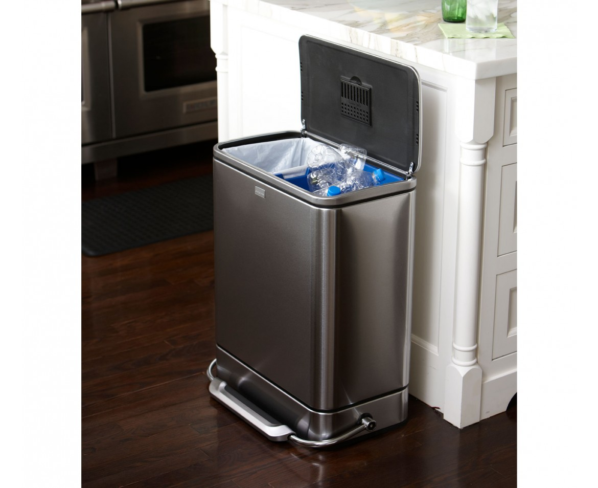 kitchen trash can size