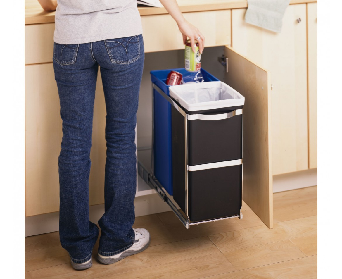 Slaapkamer Kasten Praxis : Under Sink Pull Out Cabinet Trash Can