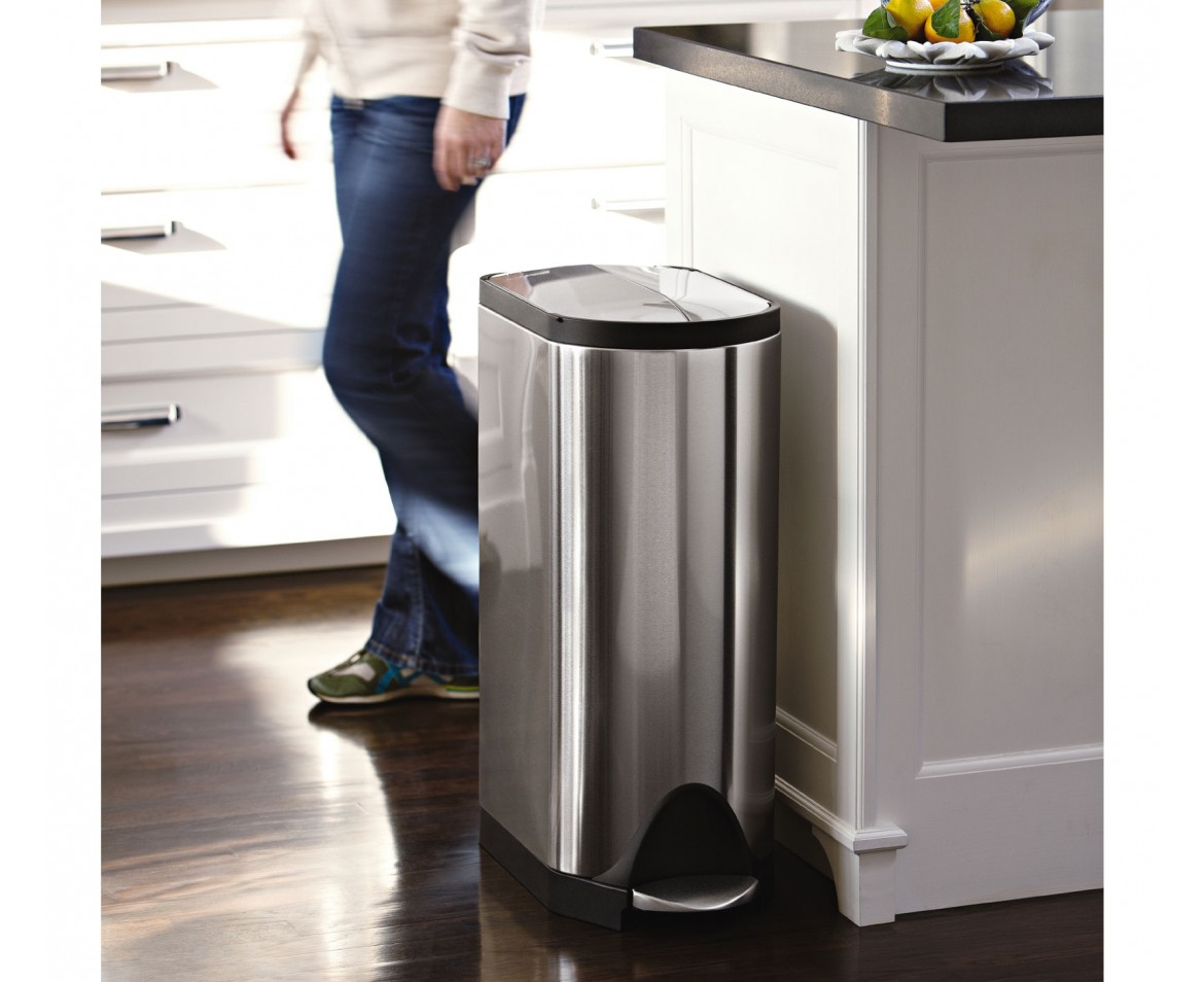 Simplehuman 30l steel butterfly step trash can for Poubelle cuisine tri selectif